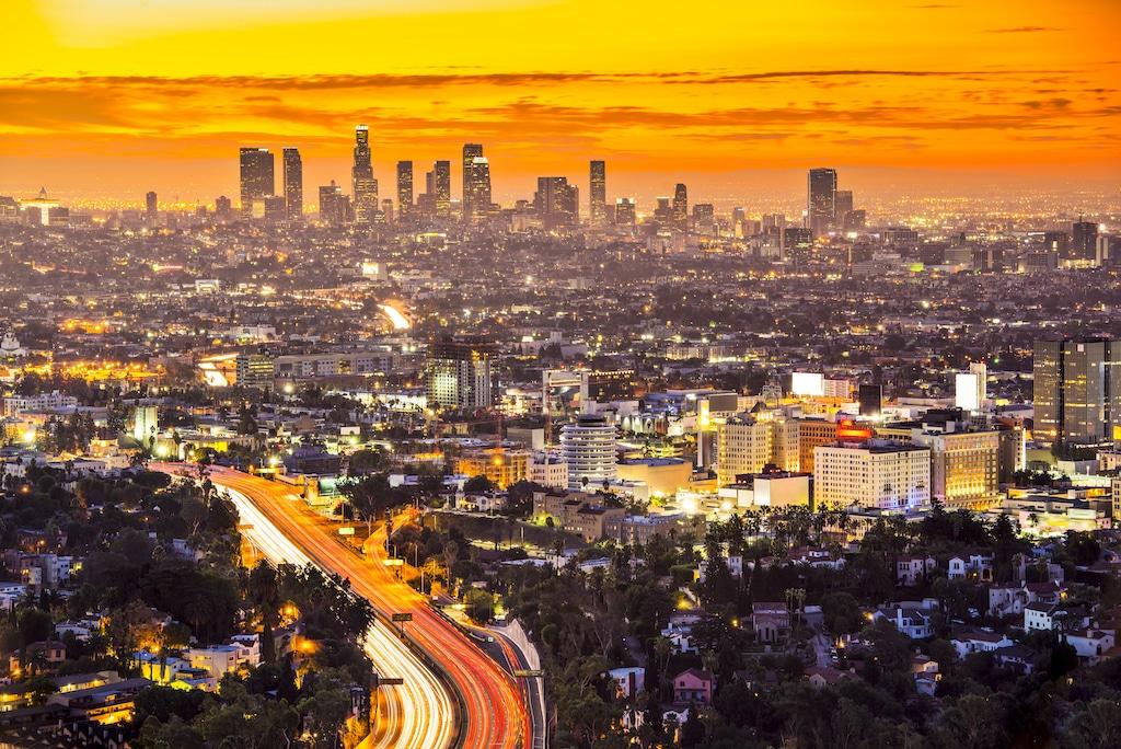 ¿Qué licencias necesito para iniciar un negocio de limpieza en Los Ángeles?