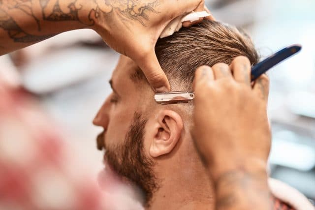 Cómo obtener la licencia de barbero en Florida